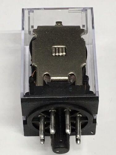 Relay OMRON MK2P-I MK2P AC 110V  8 Pin 10A 250VAC 2pcs w//sockets