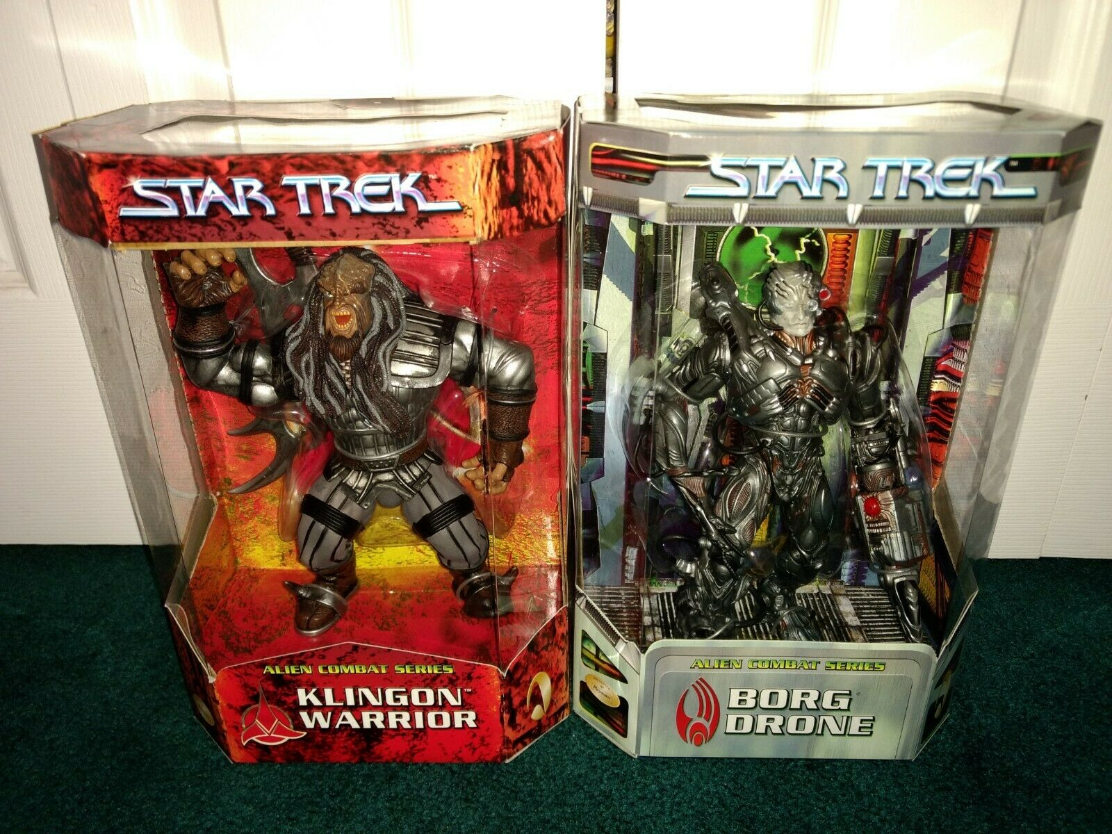 Star Trek 9in. Playmates Alien Combat Series Borg Drone & Klingon Warrior MISP