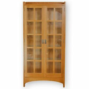 Stickley-Furniture-Arts-amp-Crafts-Mission-School-039-815-039-Oak-Display-Cabinet