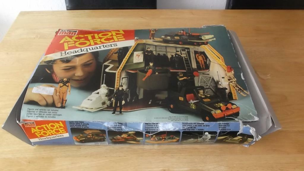 1982 GI JOE   ACTION FORCE HEADQUARTERS CARDBOARD PLAYSET PALITOY BOXED