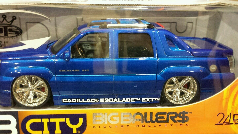 1 18 scale DUB CITY bluee metallic  Cadillac Escalade EXT Slammed Display Stand
