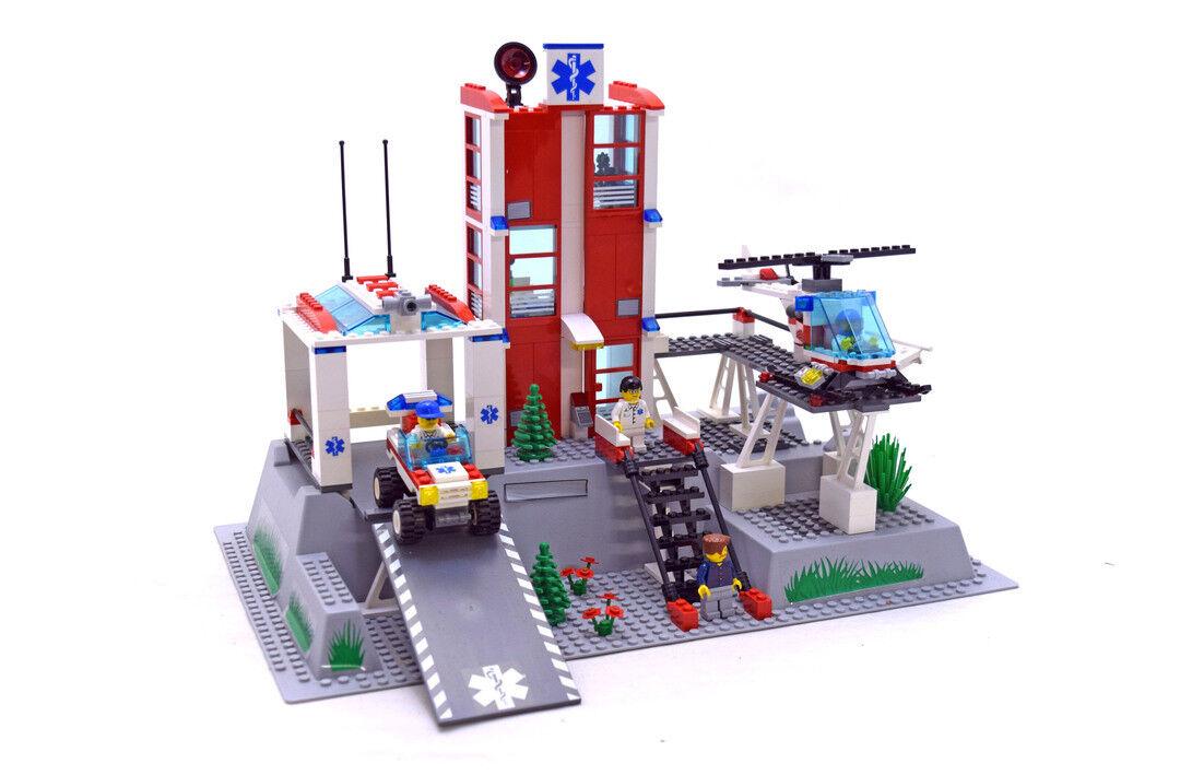 Lego 7892 Hospital - no box