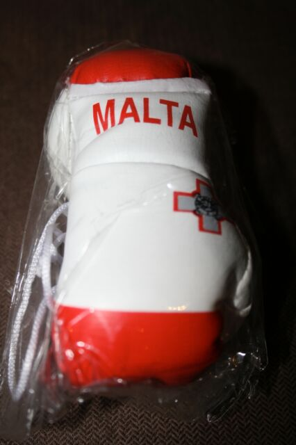 Malta Flag//Maltese mini boxing gloves 4 your car mirror.Hurry.Almost sold out FL