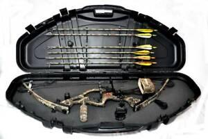 Hoyt-Magnatec-Intruder-Compound-Bow-with-Hard-Case-70lbs-RH