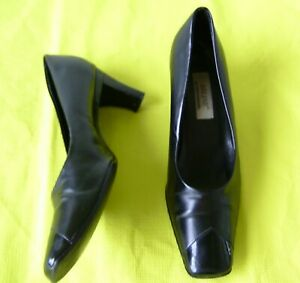 Ariane sandal | black | Deichmann | Schuhe damen, Schwarze