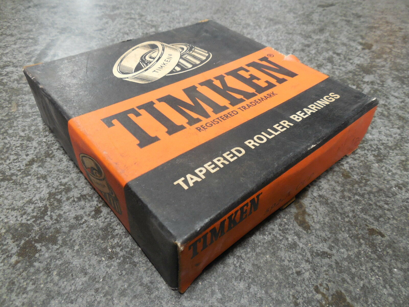 NEW Timken 592-A Tapered Roller Bearing Cup