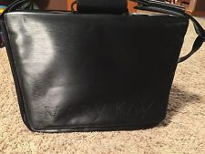 EUC Mary Kay Black Consultant Briefcase Carrying Case Organizer Travel Bag