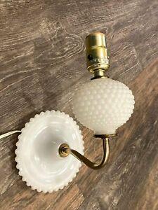 Vtg-Wall-Sconce-White-Milk-Glass-Hobnail-Brass-Light-Lamp-Corded-Farmhouse-Cotta