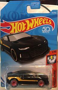 Hot-Wheels-Custom-W-Real-Riders-Black-2017-Chevy-Camaro-ZL1