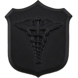 CORPSMAN-HM-HAT-LAPEL-PIN-UP-BLACK-DOC-FMF-US-NAVY-USS-MARINES-CADUCEUS-HOSPITAL