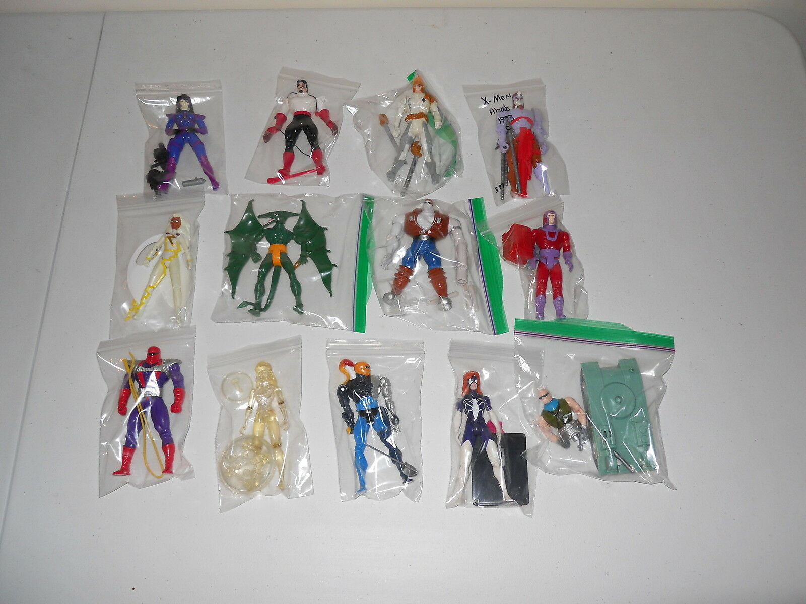 MARVEL & X-MEN ACTION FIGURE LOT- ALL 100% COMPLETE- 13 FIGURES TOTAL