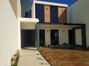 Casa con amplios espacios de 3 habitaciones