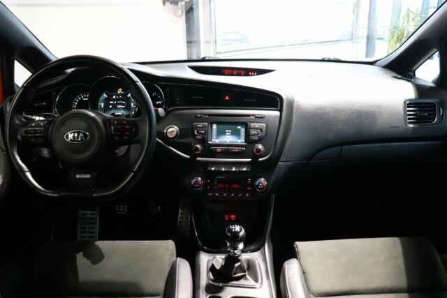 Kia Ceed 1,6 T-GDi GT Advance