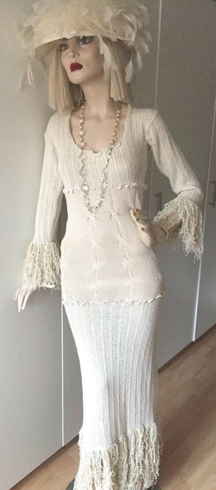 Ein Woll Kleid das nicht nur Männer blicken lässt S  Anfertigung
