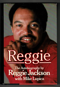 Reggie-Jackson-signed-autographed-book-RARE-Yankees-AMCo-Authenticated