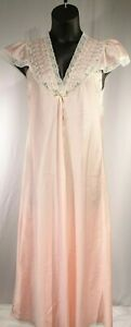Vtg-Christian-Dior-Peaches-amp-Creme-Lace-Long-Nightgown-Shrt-Sleeve-Lingerie-Sz-S
