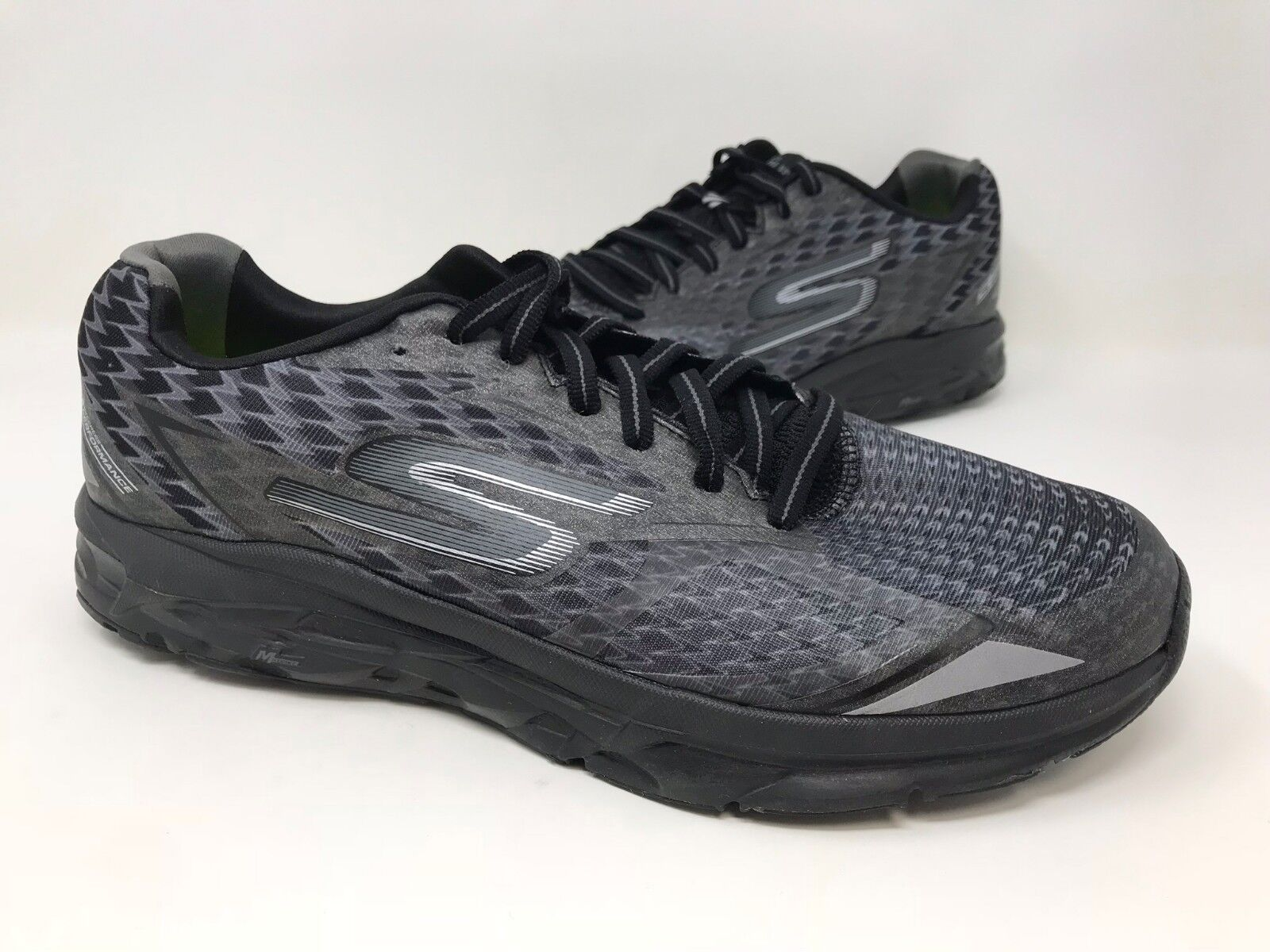New! Men's Skechers 54106 GoRun Forza 2 Running Shoes Black C16 The latest discount shoes for men and women