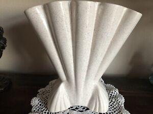 """Vintage Brush McCoy #721 Large Fan Shaped Art Deco Vase WHITE GLAZE Speckled 12"""""""