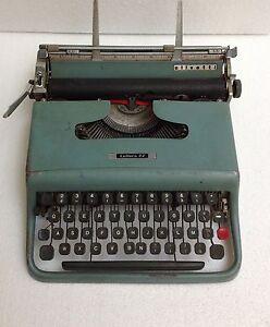 Prix Bas Avec Portable Typewriter Macchina Scrivere Olivetti Lettera 22 Moma Design Nizzoli