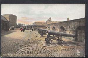 Scotland Postcard - Fore Wall Battery, Edinburgh Castle    T2429