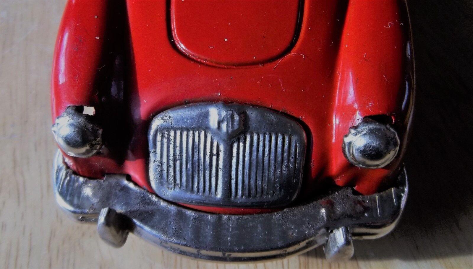 1 MG MG MG MGA RED SANSHIN TINPLATE MOTORIZED KEY WIND-UP 7+1 2  LONG MGA MG TIN CAR 1f7985