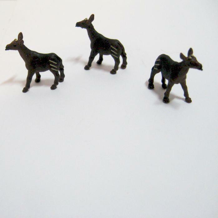 Doll House Shoppe 3 Toy Moose Figures 11791 Micro-Mini Miniature