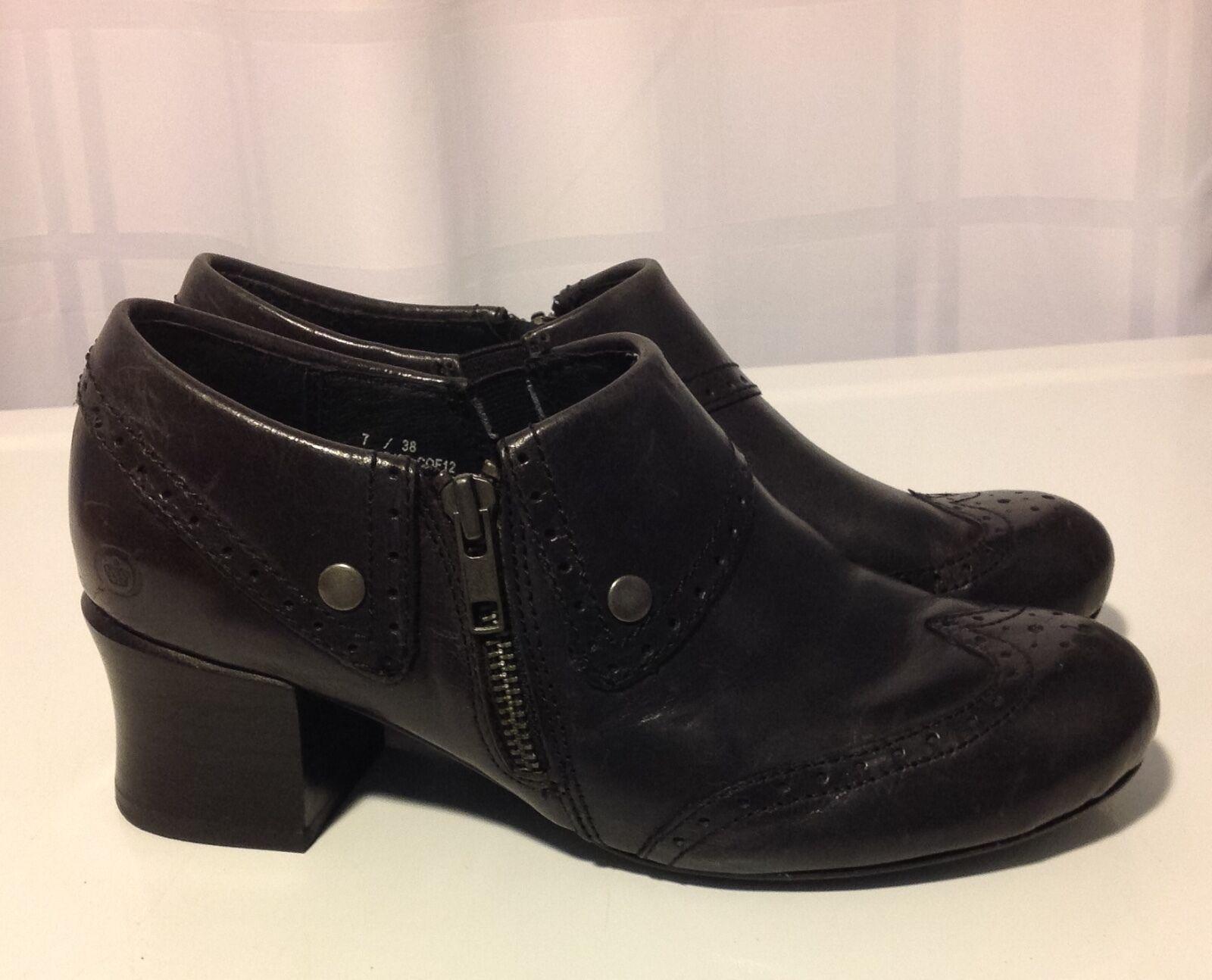 BORN Womens SIZE  7 M shoes Black Leather Platform Wedge Mules Clogs