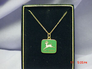 JOHN DEERE GREEN COLORED LOGO NECKLACE