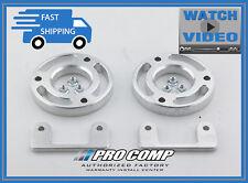 """Pro Comp 63235 2.25/"""" Level Lift Kit"""