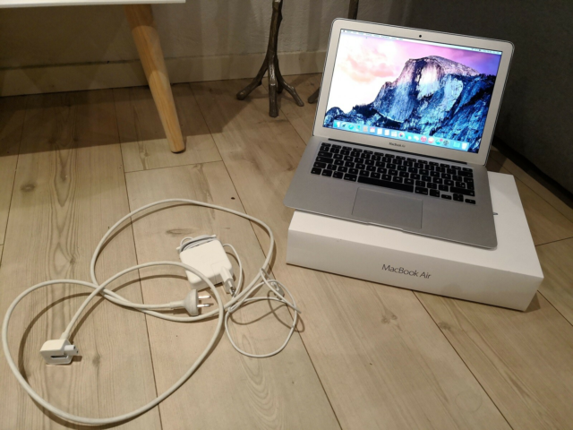 MacBook Air, 13