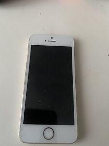 Apple-iPhone-5s-16go-Debloque-Toutes-Operateurs-Bonne-etat