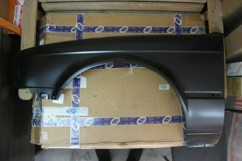 BMW E30 BRAND NEW FENDERS FOR SALE PRICE-R1250