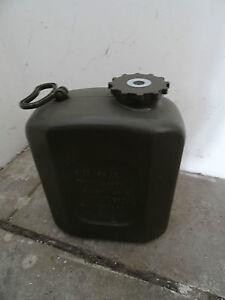 Bw-Wasserkanister-20-Liter-aus-Kunststoff-oliv-70-er-Jahre-Herst-Kautex
