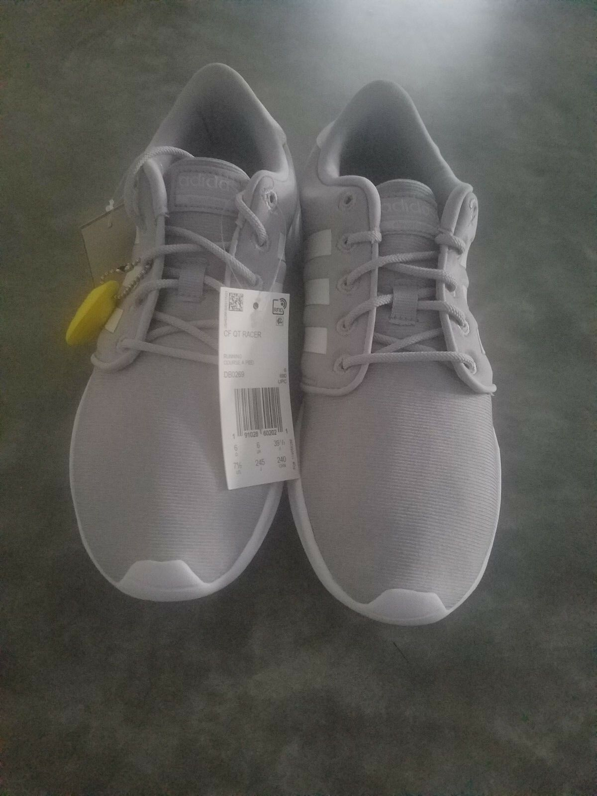 Adidas Women's Size 7.5 Cloadfoam  Running shoes BNWT