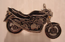 SUZUKI BANDIT 600 GSF600 GSF STREETFIGHTER PIN BADGE BLACK 453 V LTD STOCK