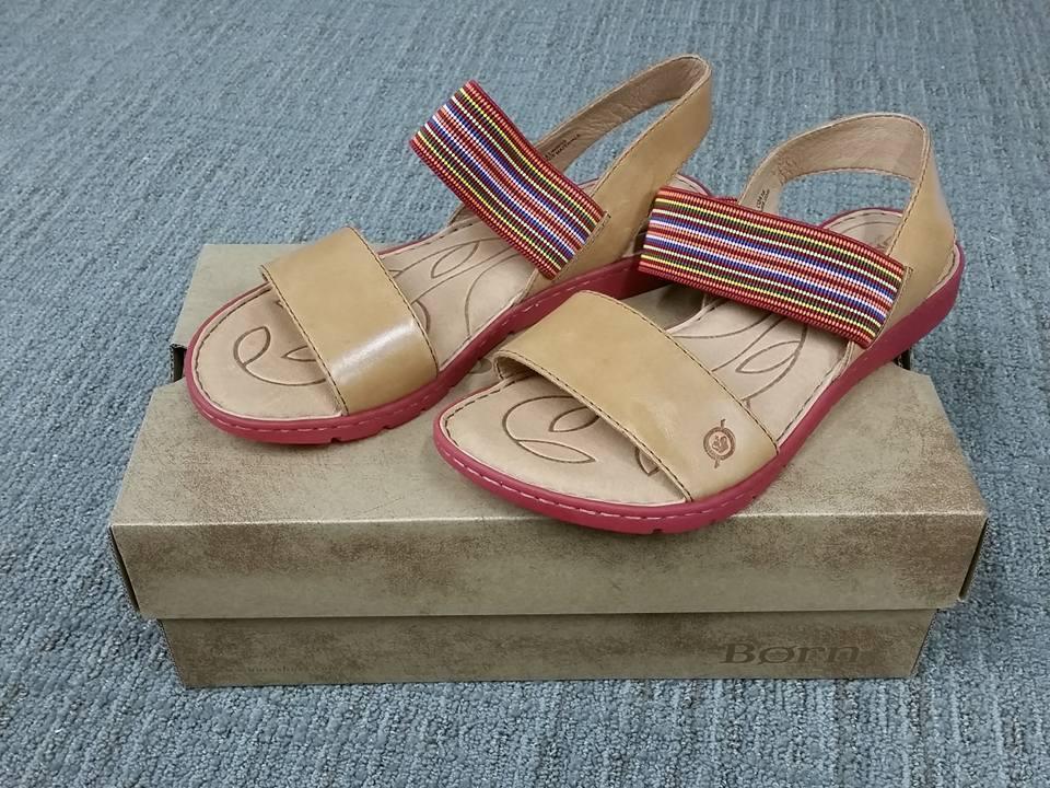 NIB Born Parson F00106 Slip On Elastic Top Multi Farbeed Braun Sandale Größe 9