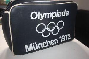 OLYMPIADE-MUNCHEN-1972-Tasche-mit-Trageriemen-in-schwarz-Guter-Zustand