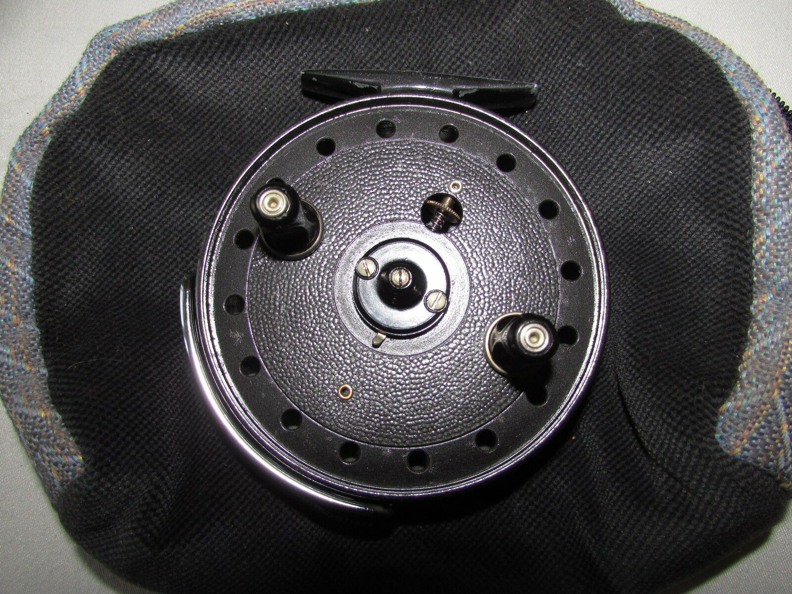 Very good vintage JW youngs trudex centrepin tredting fishing reel 4  + pouch