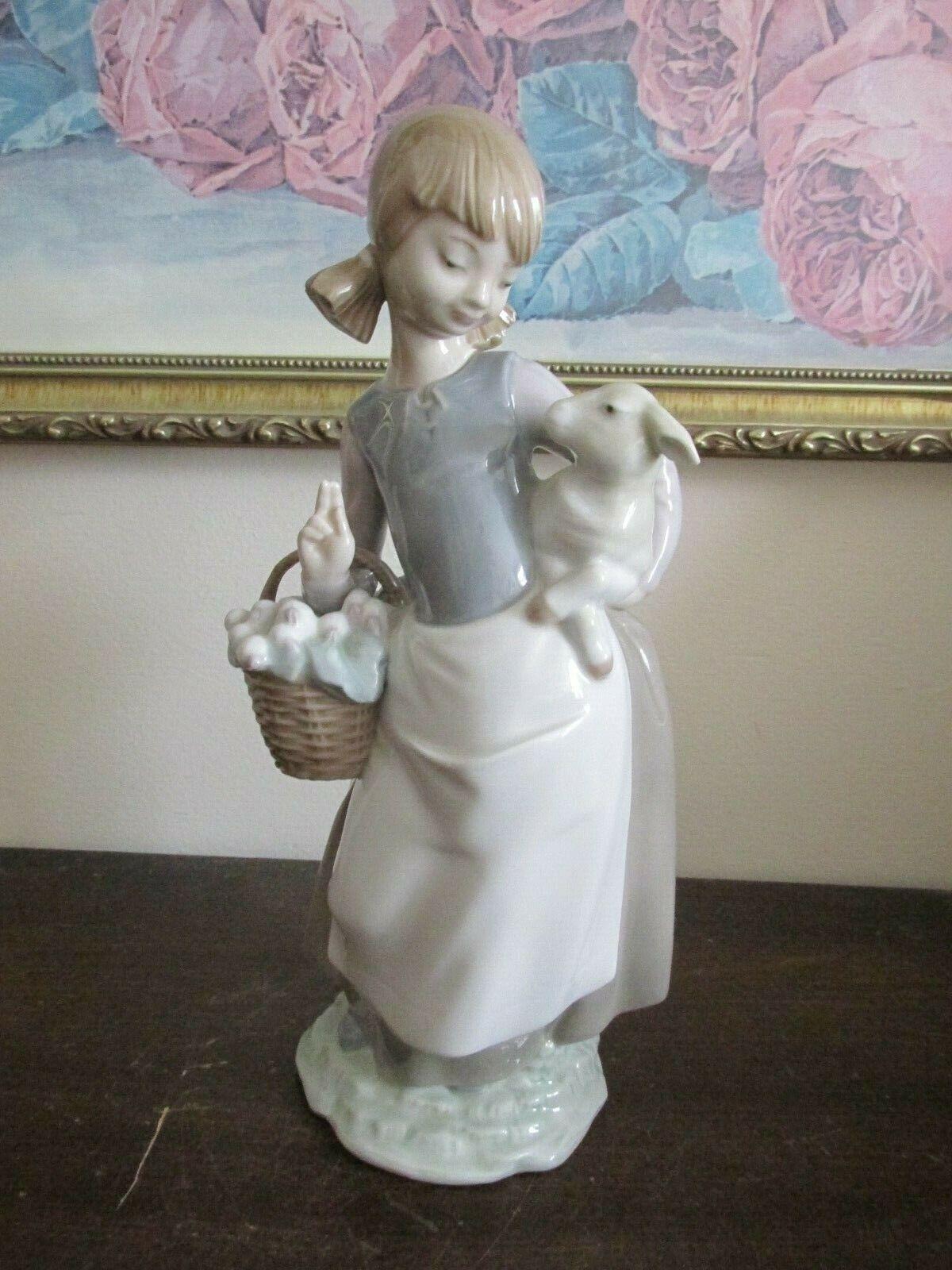 Image 1 - Lladro-Spain-Porcelain-Figurine-Girl-With-Lamb-amp-Basket-4835