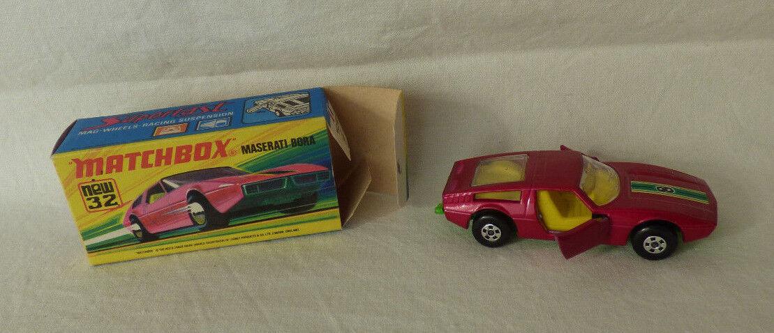 Matchbox  Superfast  32 Maserati Bora grüne Bodenplatte -  Made in England - OVP