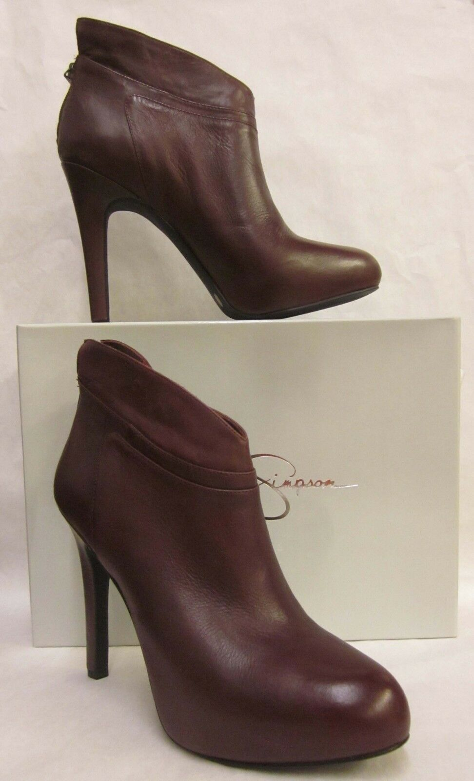 Jessica Simpson Aggie Wine Ankle Boots - size 11