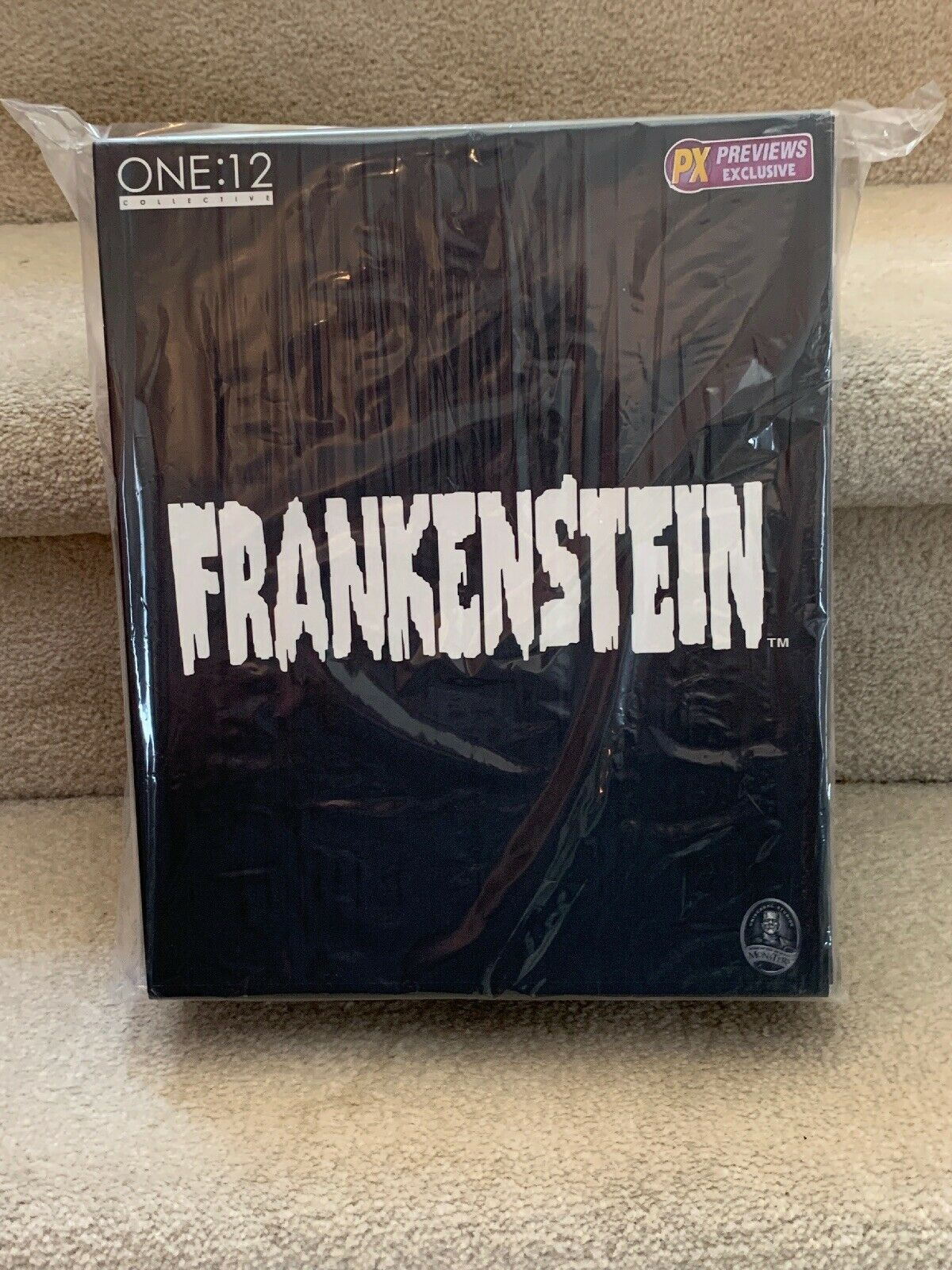 Mezco Toys 1 12 Collective Frankenstein Acrion Figure