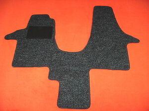 Fussmatten-Fahrerhausteppich-Robust-fuer-VW-T5-mit-Mittelgang-2-Sitzer