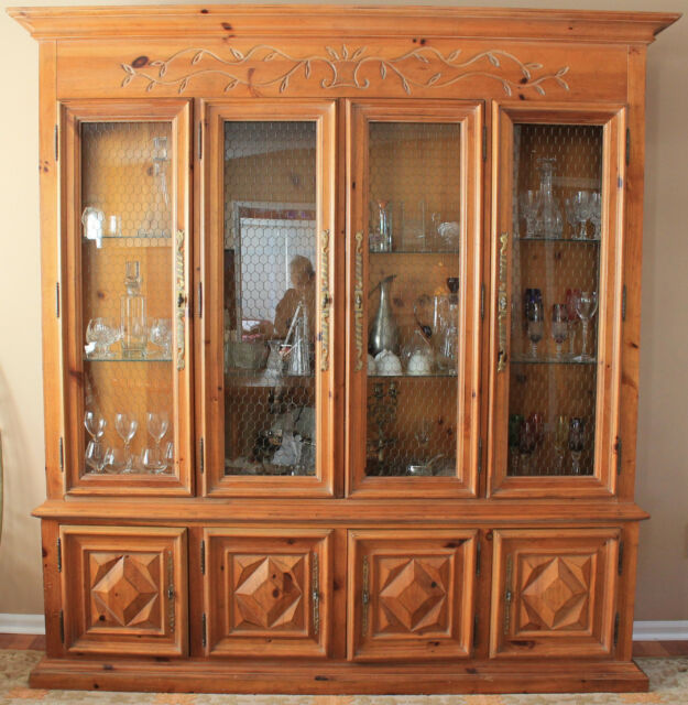 China Cabinet And Dining Room Set: Vintage 1970s Century Furniture Dining Room Set With