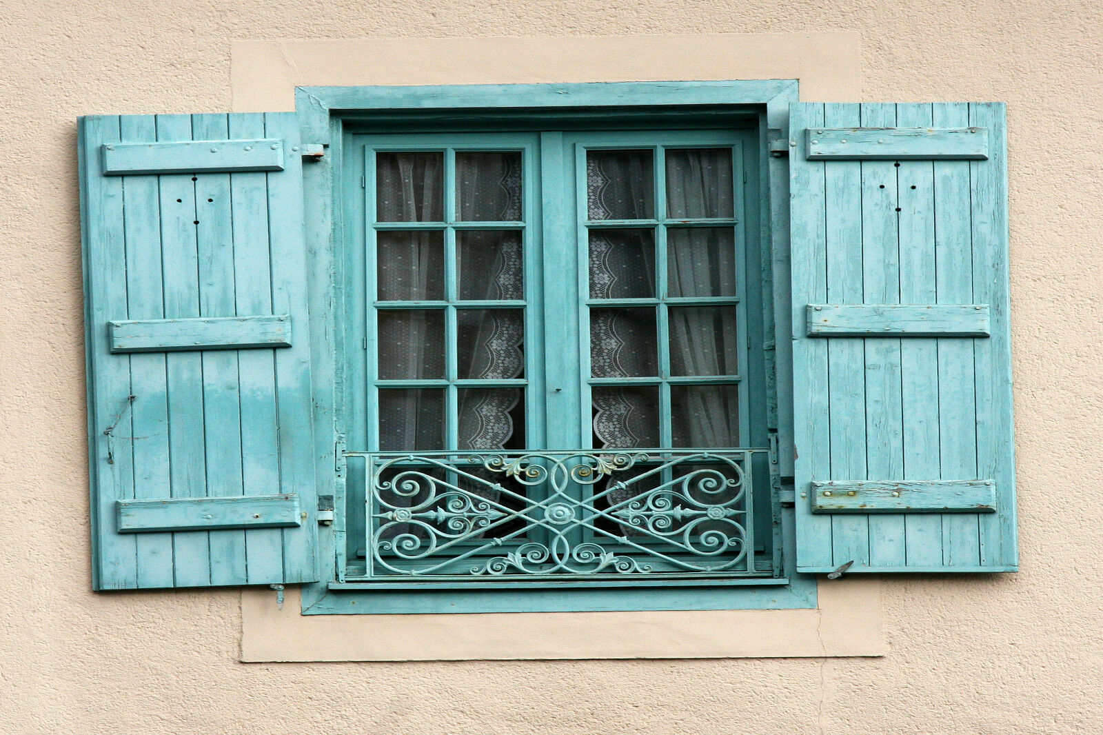 Stunning French Window Shutters In Provence 823 Canvas Picture Wall Art A1