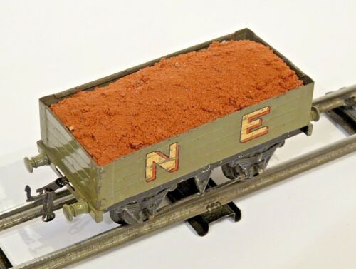 mineral load for Hornby O gauge tin plate wagon MID BROWN