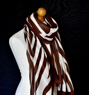 LADIES IVORY WITH GOLD METALLIC FOIL ABSTRACT HEART PRINT SCARF WRAP NEW IN