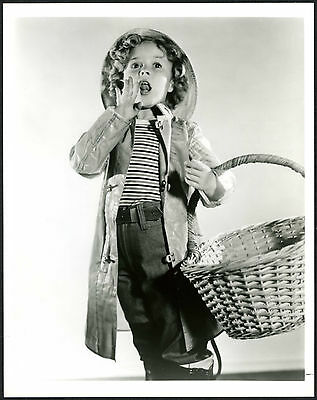 """Vintage SHIRLEY TEMPLE 8/"""" x 10/"""" Black /& White Glossy"""