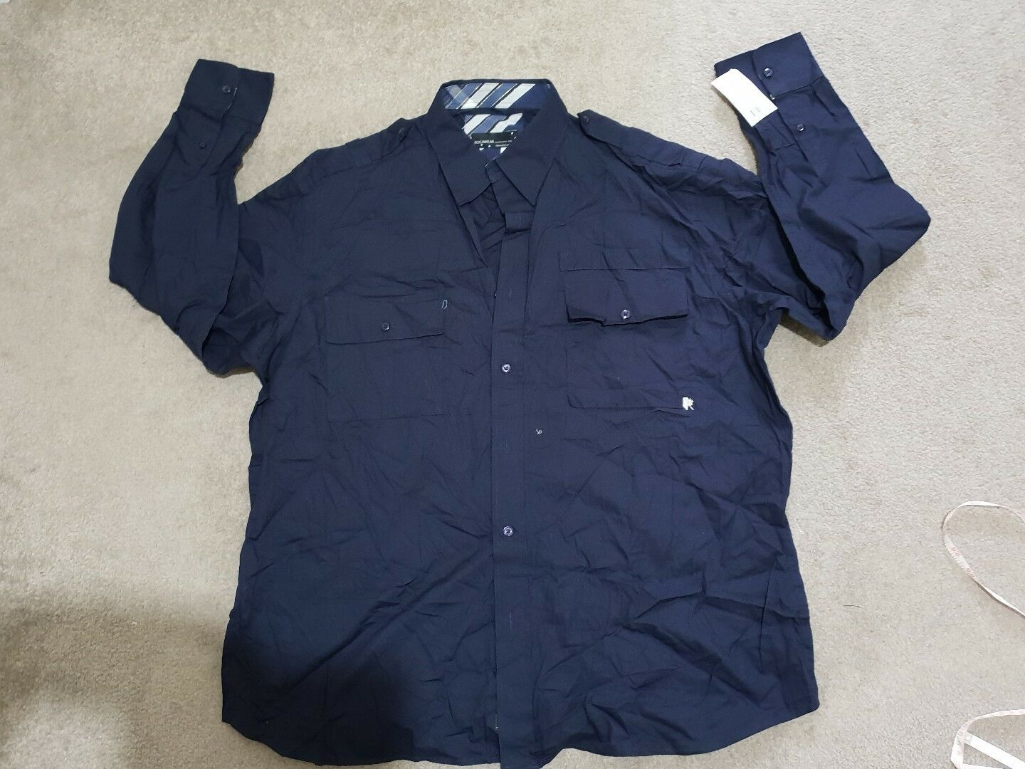 ROCAWEAR MEN'S SHIRT SIZE XXL, NEW WITH TAG.