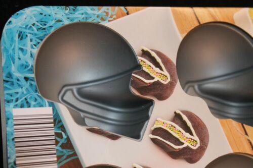 "Silicone 11/"" x 7/"" x 1.5/"" Crofton 6 Football Helmet Shaped Baking Molds"